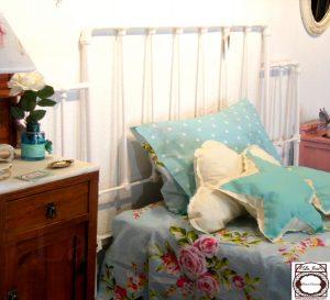 Vintage mesilla cama forja de hierro