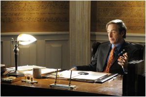 Saul Goodman en su antiguo despacho de Breaking Bad