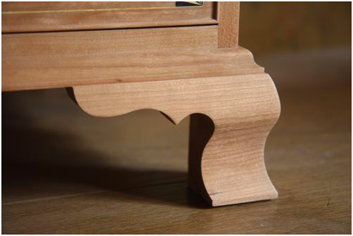 Bracket Foot furniture la josa sntiques