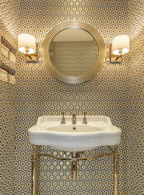 8 espejos baño